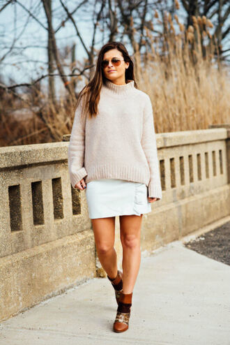 to be bright blogger sweater skirt shoes winter outfits ankle boots