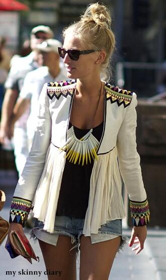 jacket white jacket hippie shorts blazer embellished frilly pattern white blazer ethnic white accent clothes aztec aztec dress pearl jewels vest coat indian chic sequins brand store how much veste blue black green tribal pattern boho chic aztec jacket tribal jacket yellow purple aztec tribal pattern blazer