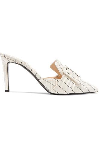 mules beige shoes