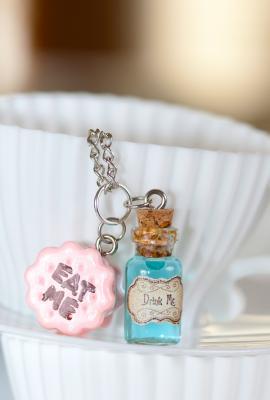 Taste of wonderland eat me drink me necklace blue potion