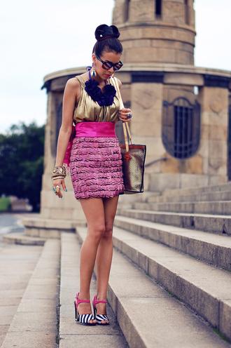 macademian girl t-shirt bag skirt jewels shoes sunglasses