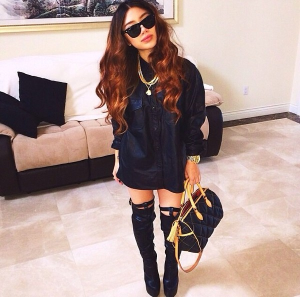 shoes black knee high boots heels shirt bag jewels blouse black leather shirt leather jacket leather thigh boots all black everything sexy urban leather swag top black style mode