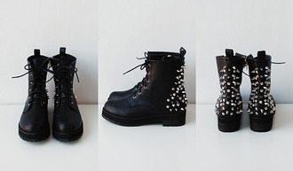shoes boots spikes combat boots black studs studded tumblr pinterest spykes black boots grunge shoes grunge creppers