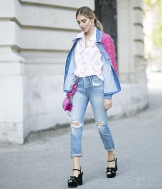 jeans jacket sandals blouse blogger streetstyle paris fashion week 2016 fall outfits chiara ferragni the blonde salad