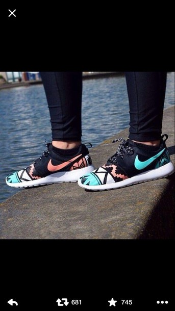 dress nike roshe run