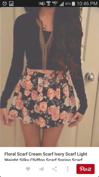 skirt floral skirt black crop top necklace