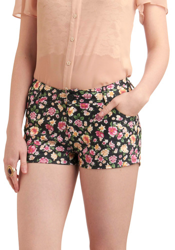 Floral to ceiling fabulous shorts