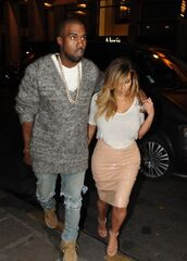 skirt,nude classy,kanye west,heels,clothes,pencil skirt,kim kardashian,fall outfits,nude high heels,nude