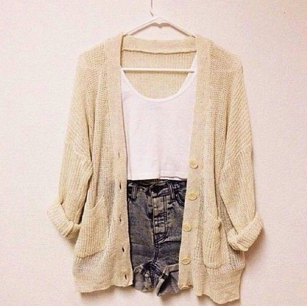 jacket chickperks top instagram cardigan crop tops shorts High waisted shorts knitted cardigan denim shirt sweater tan cardigan oversized cardigan oversized cardigan creme cute oversized cream jumper button rolled up sleeves pockets blouse cardigan winter cosy cozy supercute knitted sweater cream cardigan tan slouchy big blue shorts cardigan loose