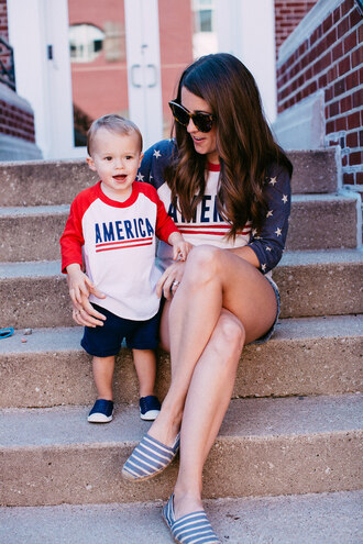sequins and stripes blogger t-shirt shorts shoes sunglasses mother and child baseball tee denim shorts espadrilles american flag