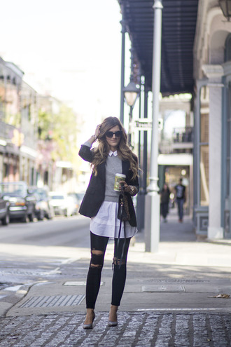 chicstreetstyle blogger sweater blouse jeans shoes jewels fall outfits grey sweater blazer black jeans high heel pumps