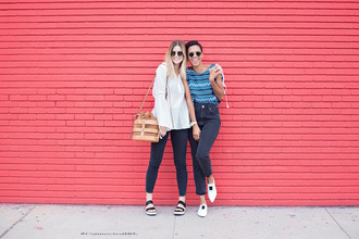 style me grasie blogger top jeans sunglasses