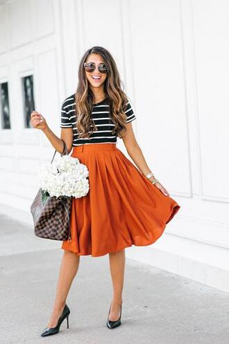 skirt midi skirt t-shirt pumps louis vuitton blogger blogger style striped t-shirt tote bag