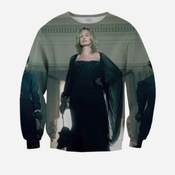 tv show sweater ahs coven fiona goode , jessica lange , american horror story