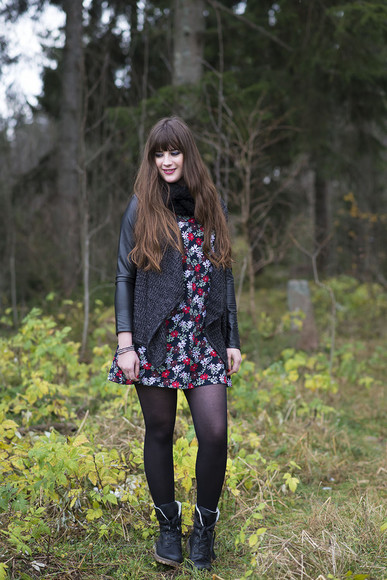 floral dress andy sparkles blogger cardigan