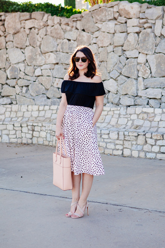 kendi everyday blogger off the shoulder top midi skirt nude sandals tote bag black off shoulder top ruffle ruffled top off the shoulder black top polka dots polka dot skirt high waisted skirt nude bag tortoise shell tortoise shell sunglasses sandals sandal heels high heel sandals spring outfits