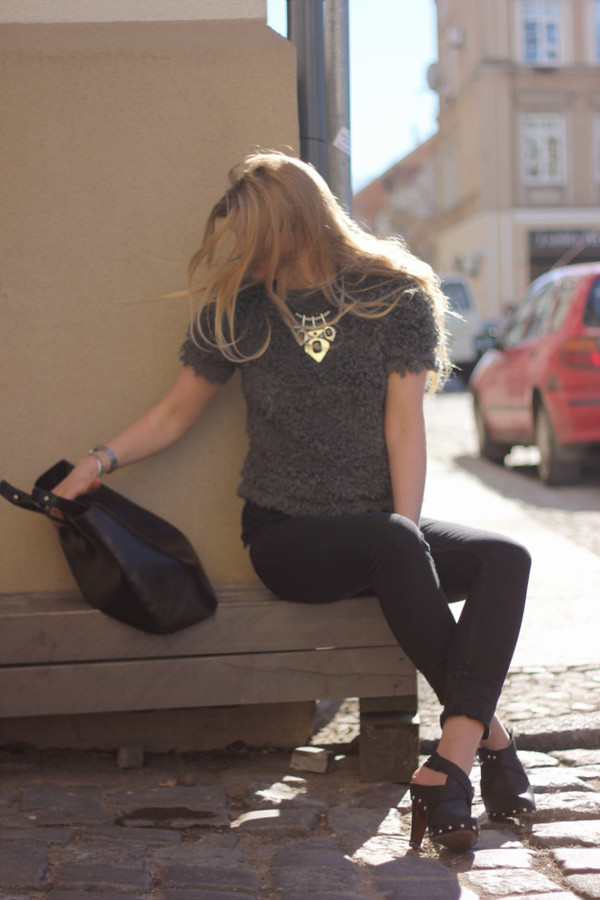 deadly in love jewels sweater jeans