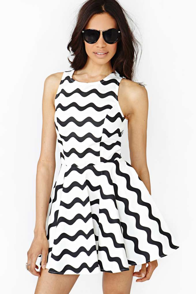 Graphic Wave Skater Dress at Nasty Gal
