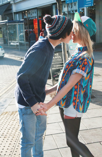 shirt beanie print aztec hat t-shirt button up hipster 90s style boy couple vintage blue puffball beanie snapback jeans sweater shorts leggings blouse colorful old school cute pattern grunge indie retro button up shirt pom pom beanie boyfriend
