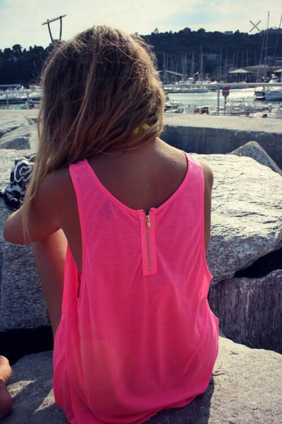 shirt neon oversized pink t-shirt dress tan zip summer outfits ship ombre hair rave