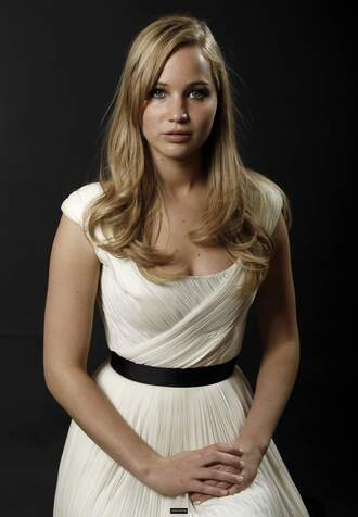 dress jennifer lawrence white dress cap sleeves