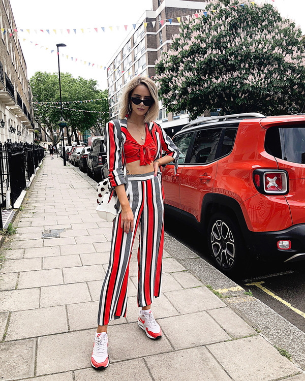 pants top stripes sunglasses shoes