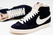 shoes,dark,nike,high top sneakers,suede sneakers,black sneakers