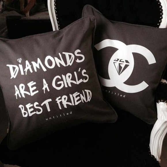 jewels diamonds diamond pillow case pillow case chanel luxury black designer coco bed bedding