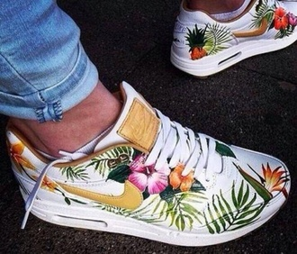 tropical air max low top sneakers nike shoes nike air floral sneakers gold white pretty tree