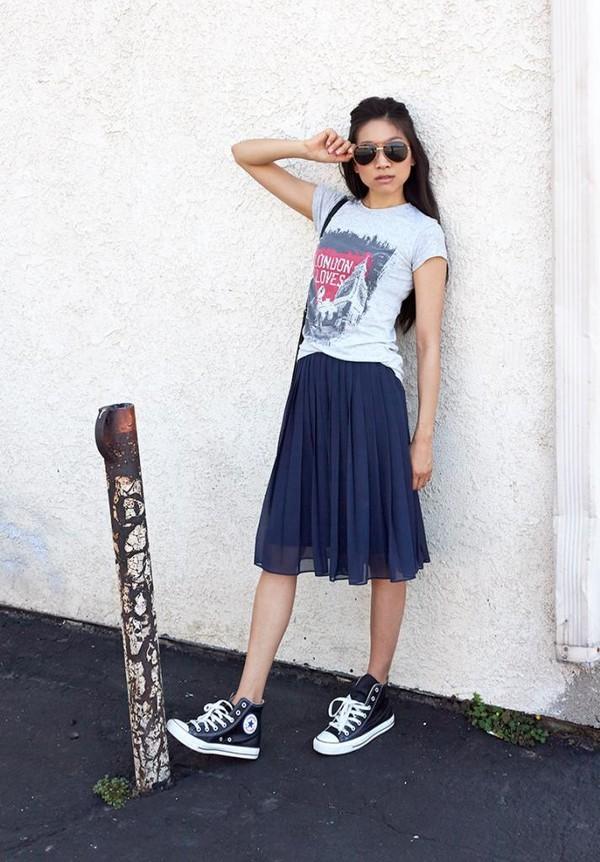 dance in my closet t-shirt skirt bag sunglasses
