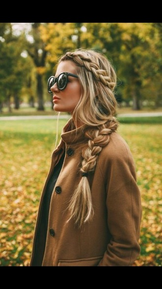 coat camel coat hairstyles sunglasses date outfit hair/makeup inspo