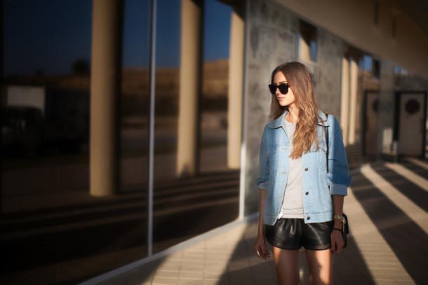 fashion agony blogger jacket t-shirt sunglasses