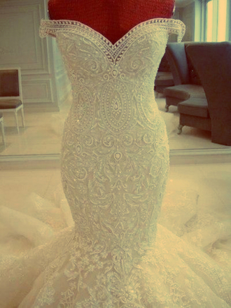 dress wedding white wedding dress sweatheart glamour bride lace wedding dress lace beading wedding dresses white dress wedding clothes mermaid wedding dress vintage wedding dress beaded bardot dress full white rhinestone michael cinco wedding dress