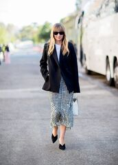 jacket,blazer,black blazer,top,skirt,shoesp,black shoes,sunglasses