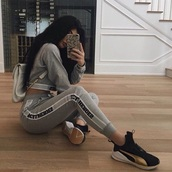 sweater,set,tracksuit,grey,sportswear,sporty,comfy,kylie jenner,kardashians,cool,outfit