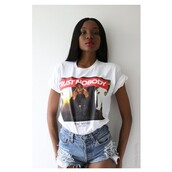 t-shirt,ripped,babe,trust nobody shirt,trust no one,ripped shorts,tupac,red lipstick,tumblr girl,outfit
