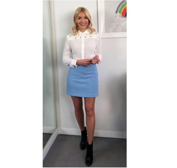 skirt holly willoughby blue skirt white blouse bee