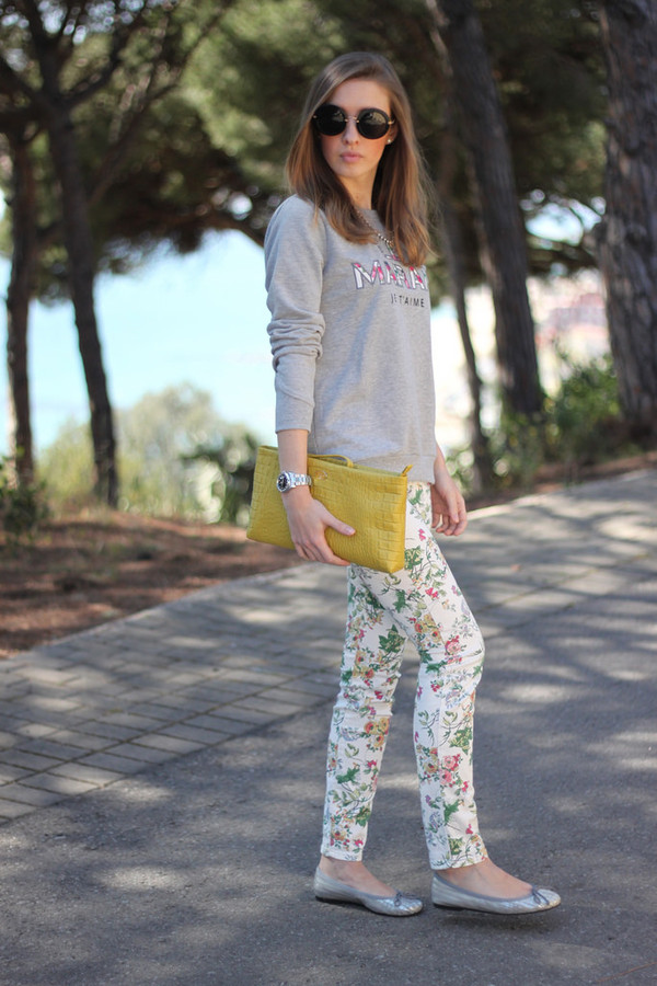 say queen sweater pants sunglasses bag shoes