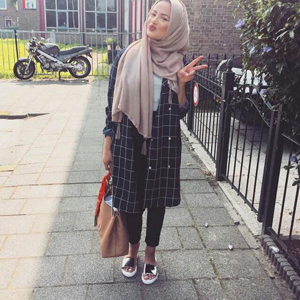 886b035591 blouse dress checkered ruba zai hijab hills black white hijab