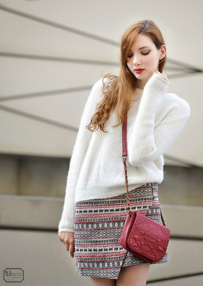 asymmetrical bag blogger maxce knitwear tribal pattern