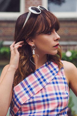 jewels tumblr jewelry earrings heart jewelry sunglasses white sunglasses brunette