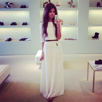 Платье макси белое с рукавом