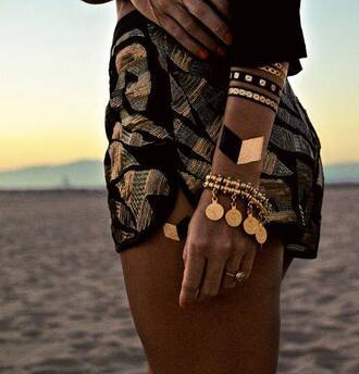 shorts gold print pattern accessories jewelry black and gold summer bandana temporary tattoo jewels