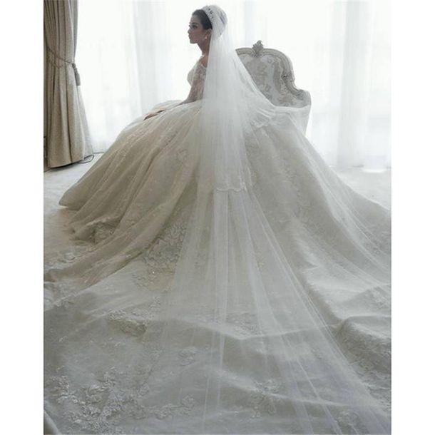 Dress ball gown wedding dresses luxury wedding dresses for Ball gown wedding dresses with long trains