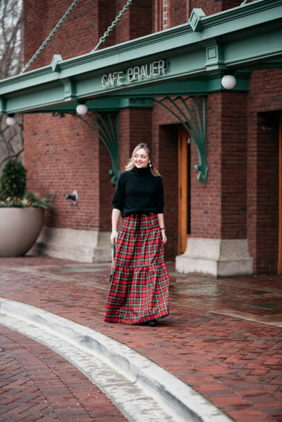bows&sequins blogger skirt shoes jewels bag make-up maxi skirt tartan skirt