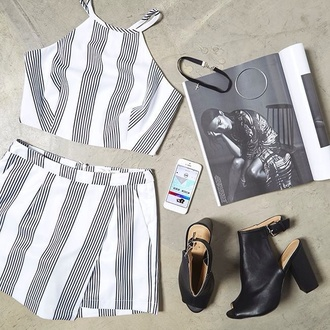 top shorts shoes peep toe black and white shorts