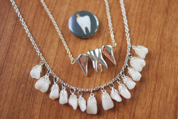 teeth jewels necklace