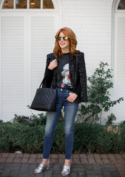 themiddlepage blogger sweater jeans shoes bag chanel bag blazer mules