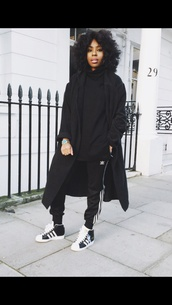 sweater,all black everything,coat,pants,shoes