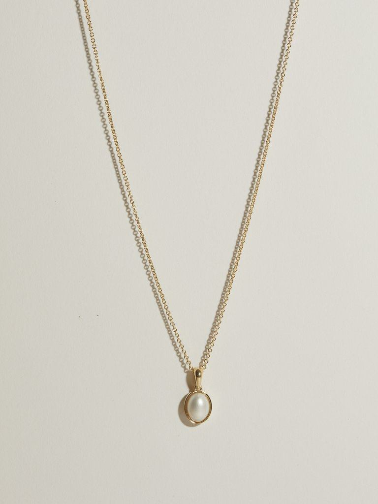 Oval Mabé Pearl Pendant
